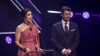 D.K.H. Kronprins Frederik og Kronprinsesse Mary ved Kronprinsparrets Priser 2019 i ODEON i Odense.