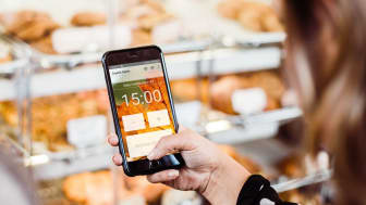 Molnbaserad larm-APP gör att säkerhetssystem kan aktiveras av butikspersonal direkt i mobilen.