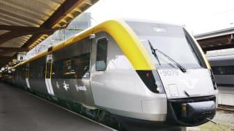 Vänertåg trafikeras med moderna tåg av typen X52