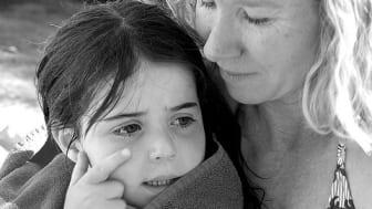 Adoptivforeldre om hjelpeapparat: – En stor byrde å ikke bli trodd