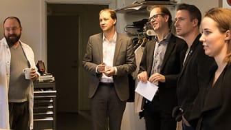 Rickard Åström, Jonas Persson, Niklas Andersson och Damien Horst, samt Helena Mischel
