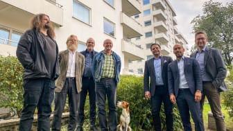 Från vänster: Jan Ruda, Joakim Hagelberg, Ulf Rosell och Jan Härstedt från styrelsen i Brf Kungsklippan, samt Stefan Younes, David Gutierrez och Peter Backström från Fastighetsägarna Service.