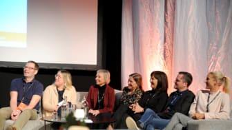 Christer Grahn, Leena Leijon, Monica Wiklund Holmström, Helena Magnusson, Magdalena Jonsson, Tomas Backeström och Lena Enqvist ingår från och med i år i socialtjänstens ledningsgrupp.