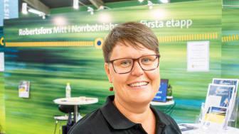Karin Ahnqvist, kommunchef i Robertsfors kommun, tycker att det är självklart att ställa ut på Stora Nolia.