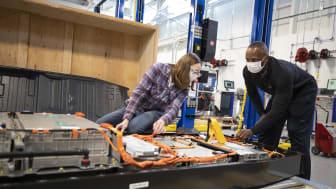 Ford bygger globalt batteriforskningscenter i verdensklasse