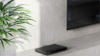 Sony_UBP-X500 Lifestyle_02