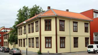 Boligbygg har satt i stand fasaden til Vålerenggata 24 a-b etter antikvariske prinsipper.