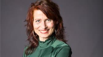 Hella Nathorst-Böös släpper boken Häxans årstider - magisk trädgård året runt till Halloween