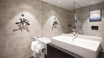 Clarion Hotel The Hub - Bath room