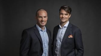 Mikael Flygind Larsen (til venstre) og Even Wetten er klare som skøytekommentatorer for NENT Group sine hurtigløpssendinger. FOTO: Vegard Breie/NENT Group