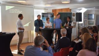 Carl Henrik Borchsenius (Norsk Eiendom) ledet debatt med Ola Elvestuen, Camilla Moneta, Olav Birkenes og Daniel K. Siraj i Arendal.