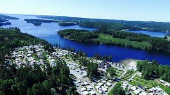 Svenske campingplasser legger til rette for å ta i mot norske turister. Foto: Sommarvik Camping.