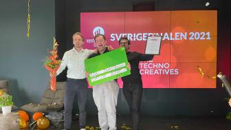 Teamet från Compular firar vinsten i Sverigefinalen!