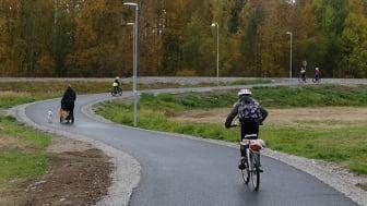 Piteå kommun har som mål att främja hållbara resmöjligheter och säkra barnens skolvägar.   Foto: Piteå kommun