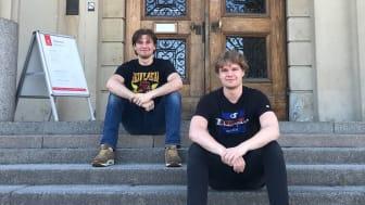 Från vänster, Nils Risberg och Svante Sundberg. På bilden saknas Jacob Runold. Samtliga läser civilingenjörsprogrammet vid Uppsala universitet.