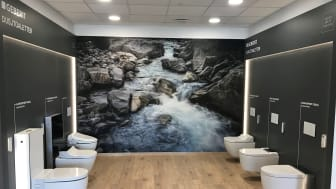 SHOWROOM: Alle de ulike dusjtoalettene fra Geberit kan ses i det nye showroomet på Lørenskog.