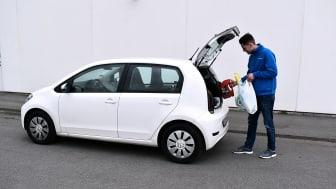 En halv million kjøp med Biltemas Kjøp & Hent løsning