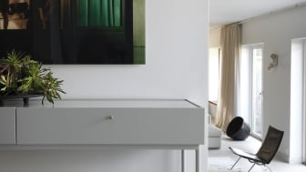 Antwerp_LucConsole160-Eucalyptuscarpet