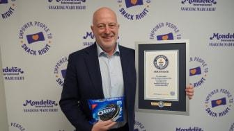 Монделийз Интернешънъл постави Световен рекорд на Гинес, за да отпразнува продажбите на бисквити OREO, които достигнаха 3 млрд. долара за 2019 г. в света
