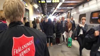 Frälsningsarmén tar emot flyktingar som kommer till Sverige
