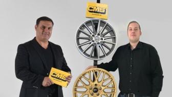 Till vänster ses ABS Wheels VD Andie Lahdo, till höger Henrik Olsson från CMS Automotive Trading GmbH