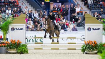 Tiffani Ling på hästen Jessie i finalen av Sverigeponnyn 2017 i Scandinavium. Foto: Claes Jakobsson