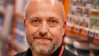 Kenn Pedersen kan 1. april fejre 25-års jubilæum i Bauhaus.