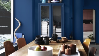 Hitta djupet med kulörtrenden Studio Blå