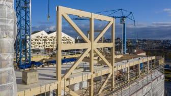 Magasin X har fått sitt namn av de imponerande vindkryss som bidrar till stabiliteten i byggnaden. Foto: Vasakronan