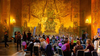 Over 800 female hackers gathered at the Stockholm City Hall for the Sthlm Tech Fest Hackathon for women.