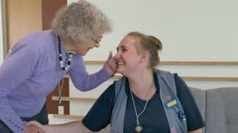 Billedkilde: Sekoia. Louise, social- og sundhedsassistent på Plejecenter Lundtoft.