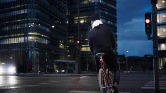 Hövding inleder samarbete med den ledande engelsk cykelbutikskedjan Cycle Republic.