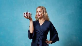 Sofia Helin bliver vært på Drottningarna, der får premiere på C More den 15. oktober. (Flere billeder i bunden af pressemeddelelsen)