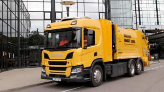 Bilen används för att hämta återvinningsmaterial hos företag och verksamheter i centrala Göteborg.