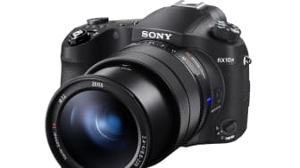 A Sony lançou uma atualização de firmware para a câmara RX10 IV, adicionando a funcionalidade de Eye AF para animais em tempo real