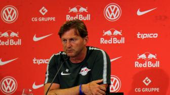 Der Trainer von RB Leipzig, Ralph Hasenhüttl, bei der Pressekonferenz zum Saisonauftakt in die Bundesliga-Saison 2017/18