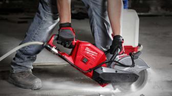 Kapa armerad betong avgasfritt med nya M18 FUEL™-kapmaskinen
