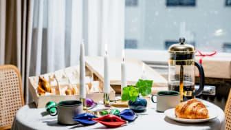 Var tredje svensk planerar att handla färre julklappar i år