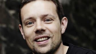 "Nynorsk barnelitteraturpris til Lars Mæhle for ""Dødeboka"""
