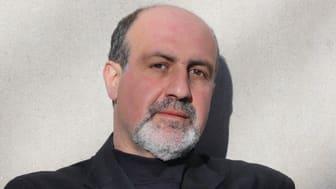 Nassim Taleb föreläser på Medborgarskolan hösten 2019.