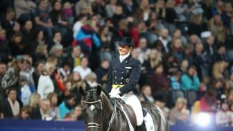 Tinne Vilhelmson Silfvén och Don Auriello startar i Saab Top 10 Dressage under Sweden International Horse Show. Foto: Roland Thunholm