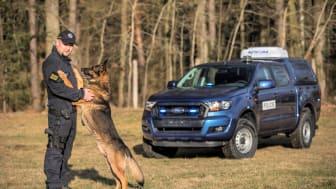 male Ford Ranger vs Ranger_55