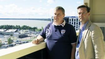 Kuvassa Swecon Toomas Rapp (vas.) ja Jyrki Rautamäki