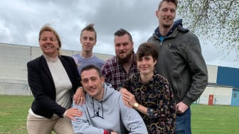Susanne Persson, Joakim Eriksson, Korab Ferizi,  Tim Olsson, Jennifer Gast,  och Fredrik Nilsson jobbar på Gasverket.