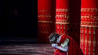 Carolina Sandgren i titelrollen Floria Tosca