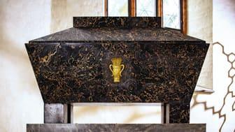 Erik XIV:s sarkofag, ritad av Jean Louis Desprez och utförd i Carrara i Italien, tänkt för Gustav III. Fotograf: Henrik Mill.