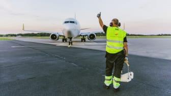 Från fredag 12 juni kan man flyga reguljärt till Antalya i Turkiet, och bl a den vägen nå Istanbul.