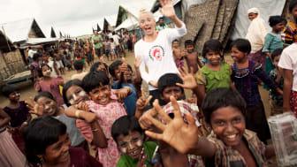 Myanmar_Alex Hinchcliffe.jpg
