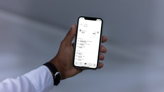 269861_Volvo_on_Call_smartphone_app_now_gives_plug-in_drivers_insight_into