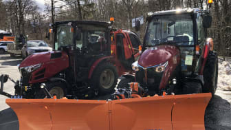Yanmar's tractors show off their winter service abilities.